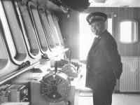 På billedet er vi på broen af det nybyggede DFDS skib M/S SUSSEX i 1966.