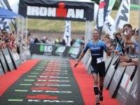 Helle Frederiksen vinder sølv, foto Ironman